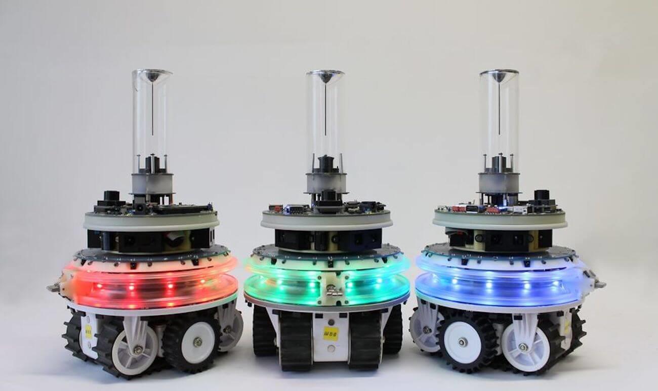 Модульные роботы, способные объединяться в сложные самовосстанавливающиеся механизмы
