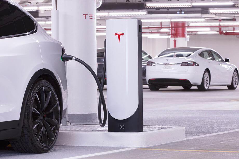 Tesla разработала компактную «городскую» версию Supercharger