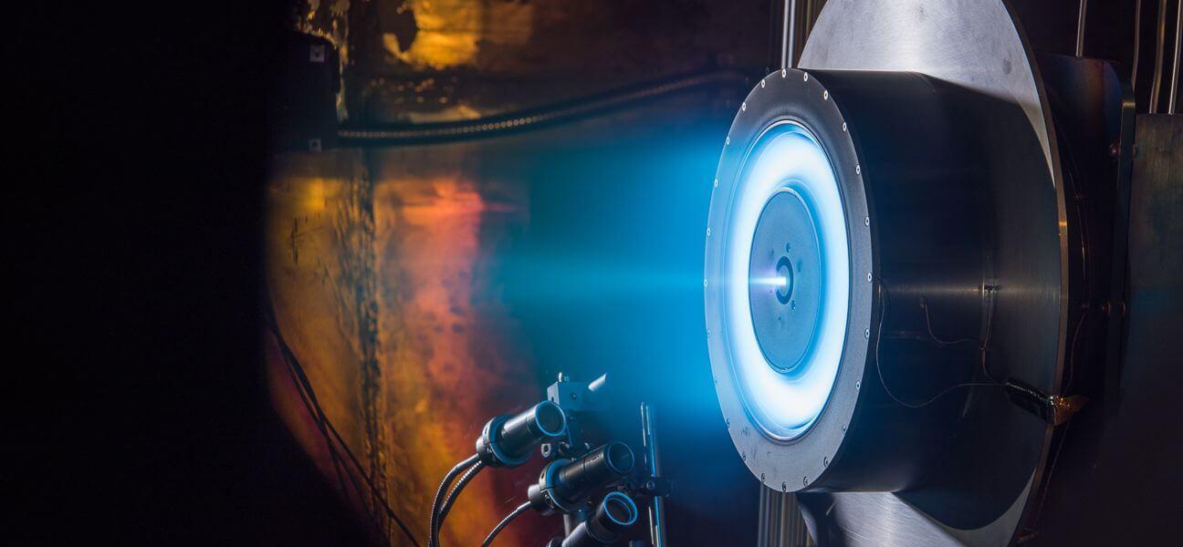 Ионный двигатель NASA показал новый рекорд производительности