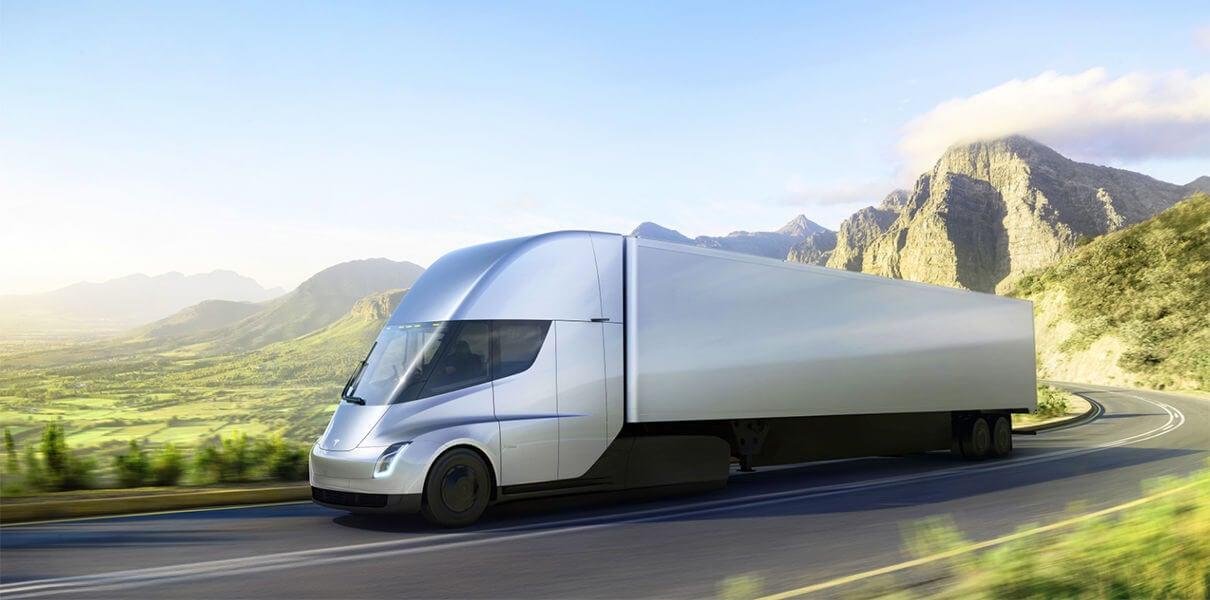Walmart купила 15 грузовиков Tesla Semi