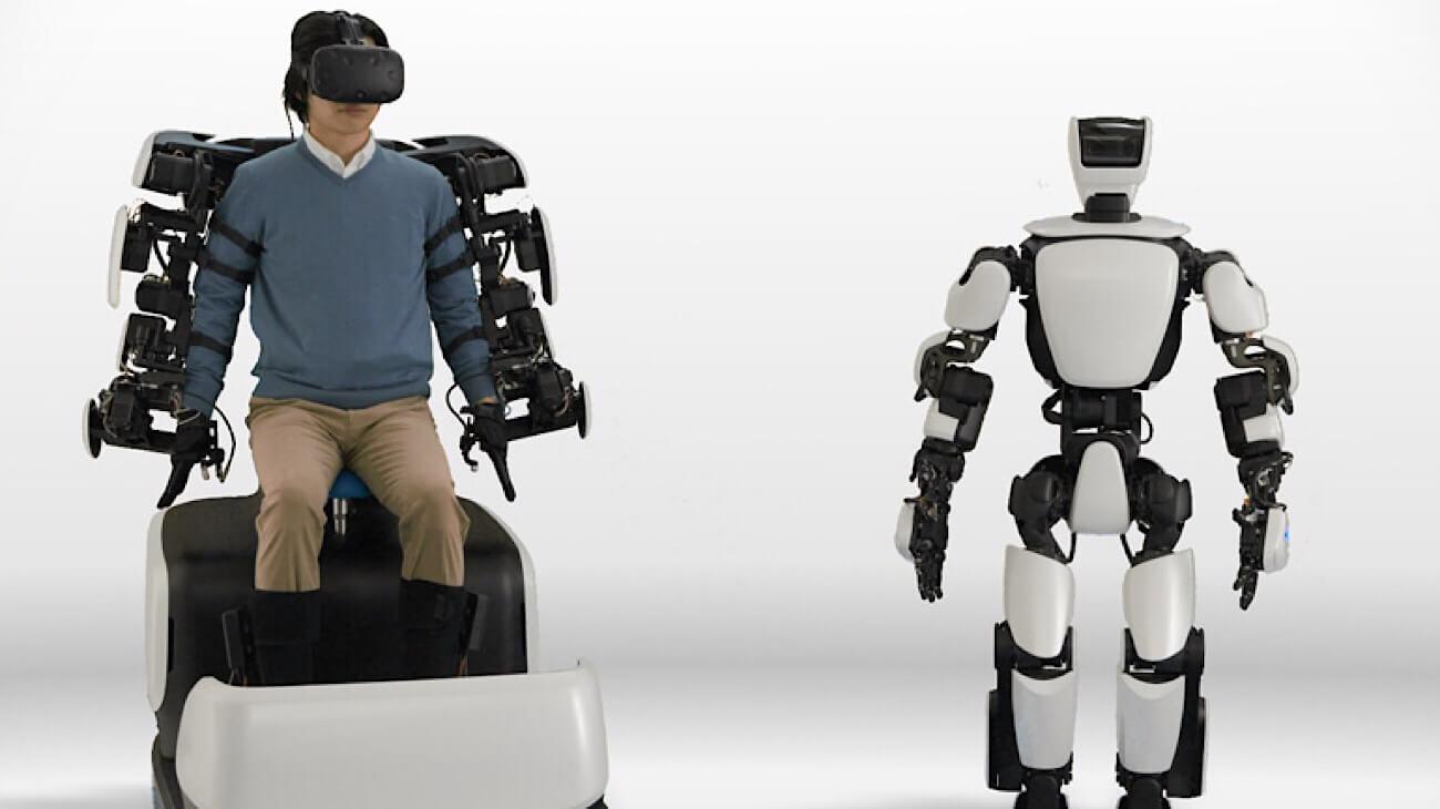 Toyota показала человекоподобного робота для покорения космоса