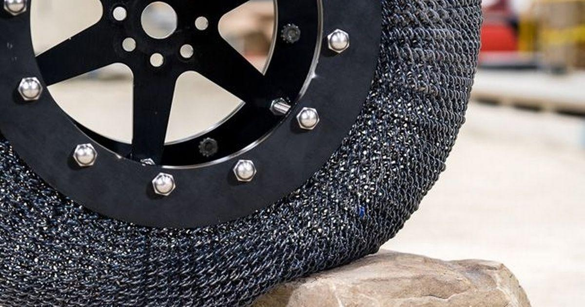 NASA создало непробиваемую шину изтитанового сплава