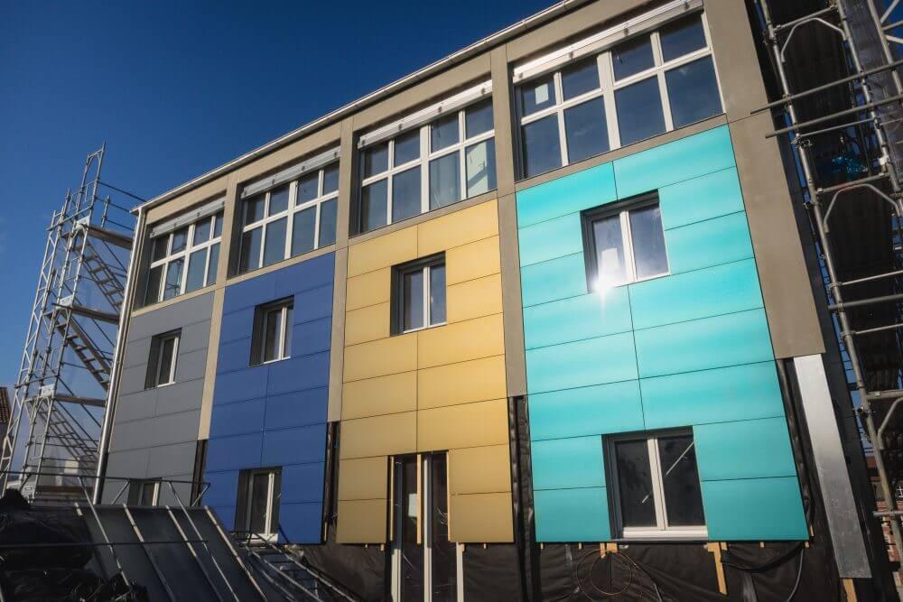 Цветная облицовка Kromatix превратит здания в солнечные электрогенераторы