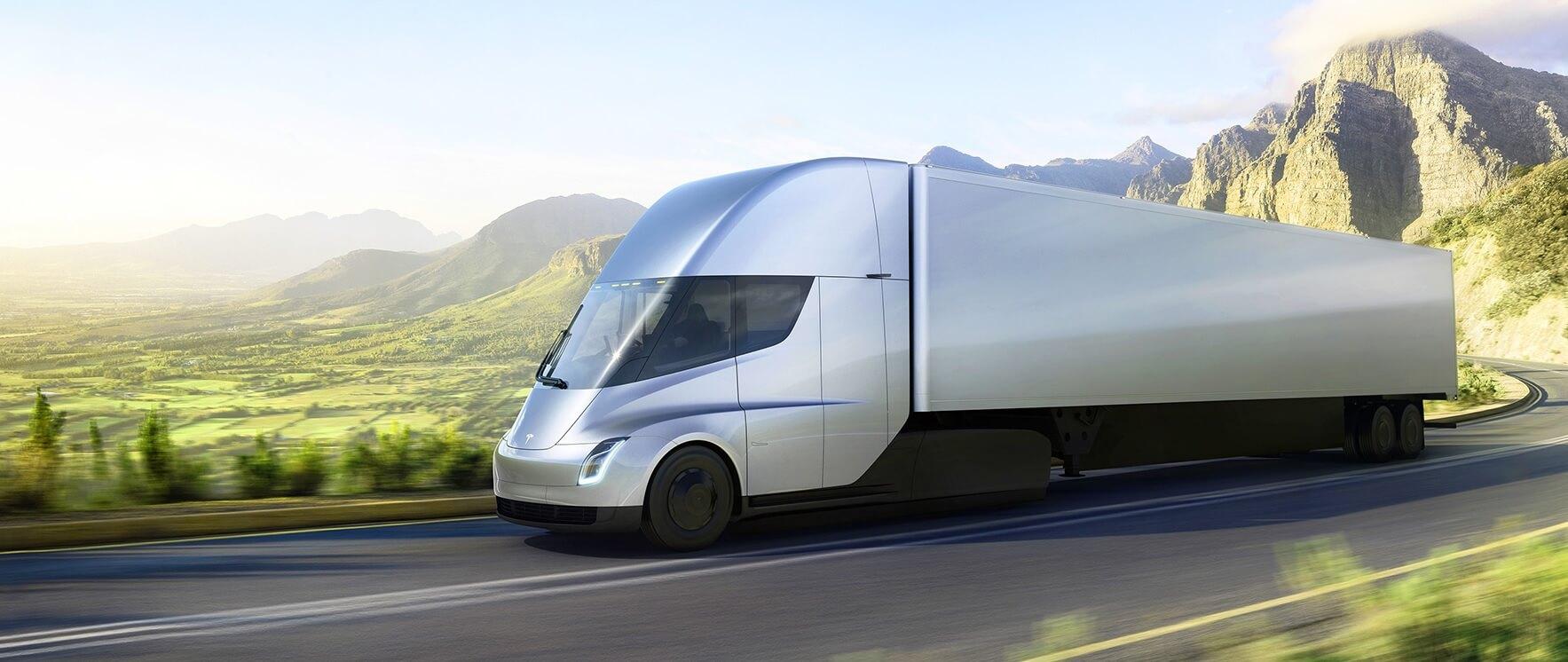 Tesla озвучила стоимость своего электрического тягача
