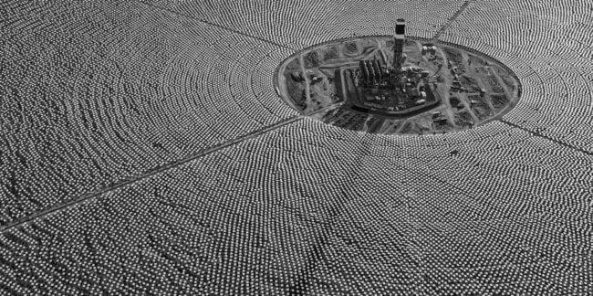 Можно ли превратить пустыню Сахару в гигантскую солнечную батарею? (2 фото)