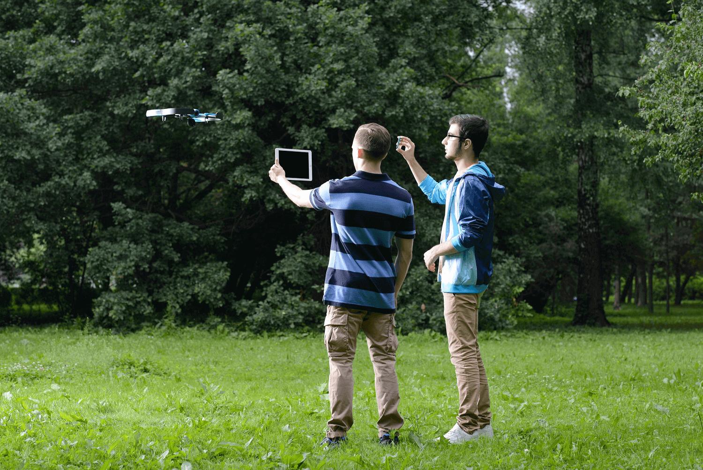 Налетали на миллиард: какие дроны популярны в России