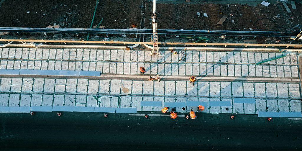 В Китае поставили на поток строительство дорог из солнечных панелей