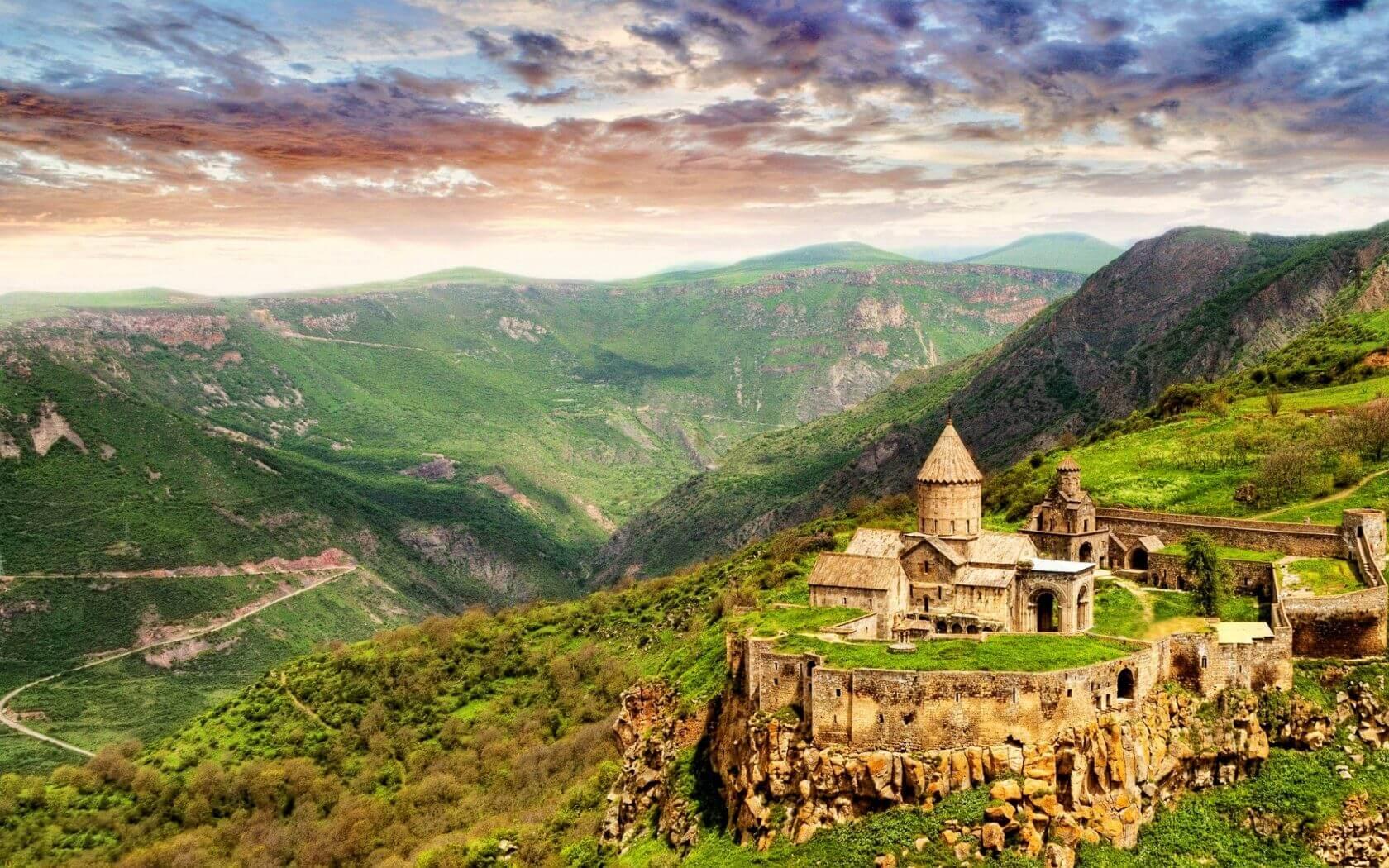 Туристический Бум в Армению