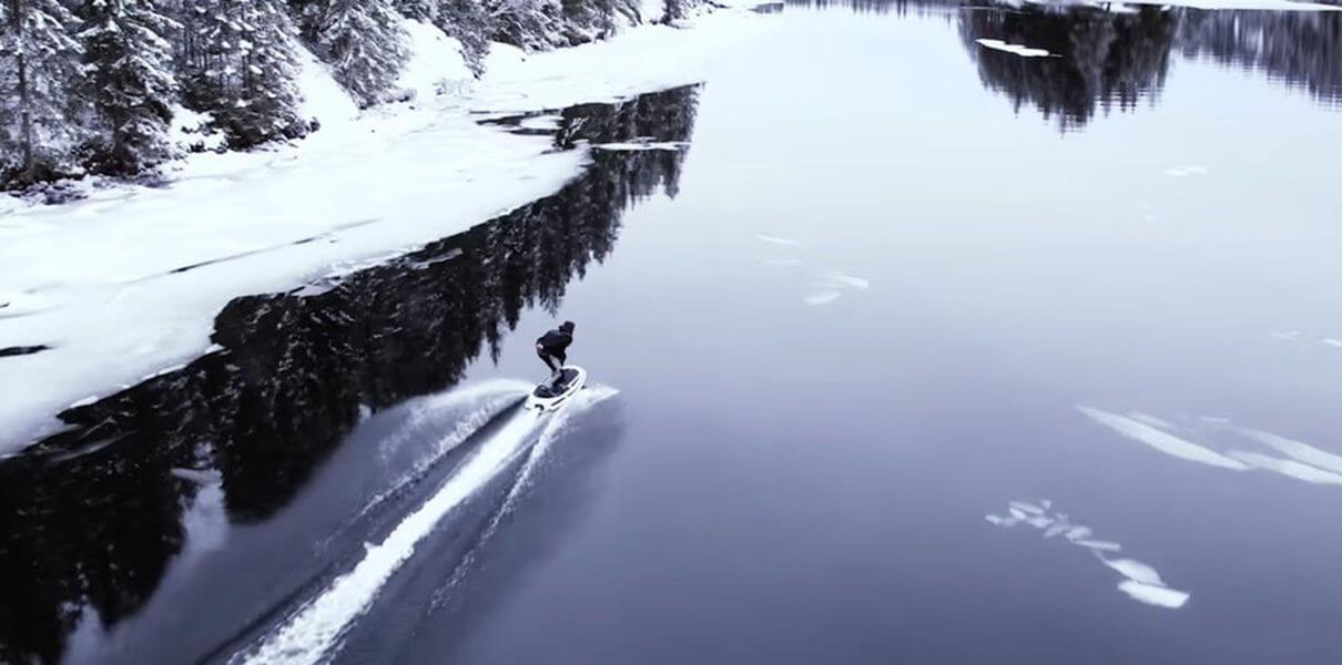 Шведы разработали скоростную электродоску для вейкбординга