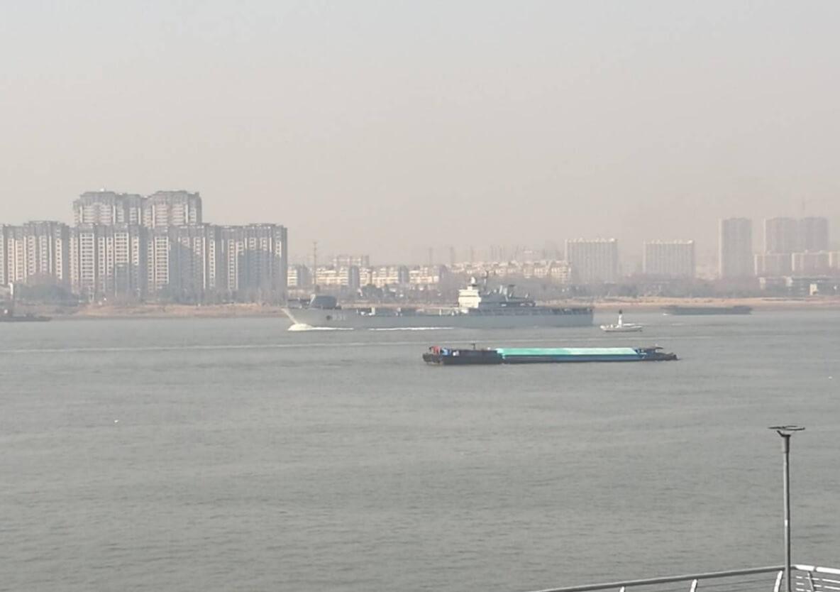 Китай готовится к морским испытаниям рельсотрона (3 фото)