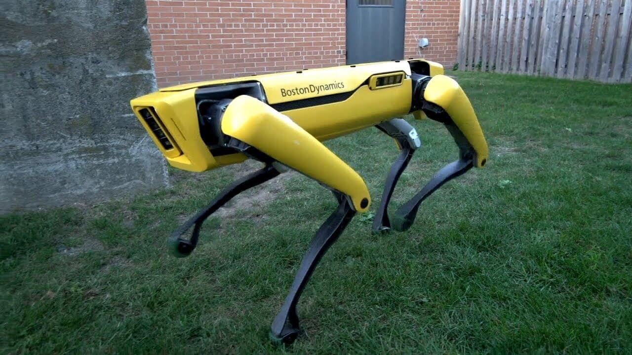 #видео | Человек против робота: эпическая битва за дверь
