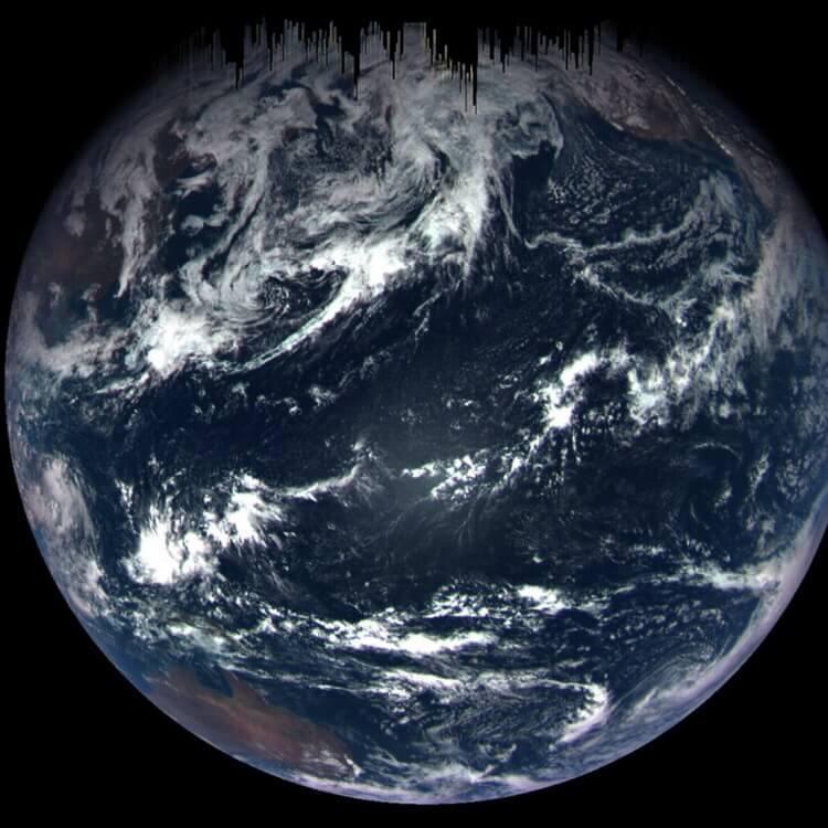 #фото | Земля и Луна с расстояния 63,6 миллиона километров