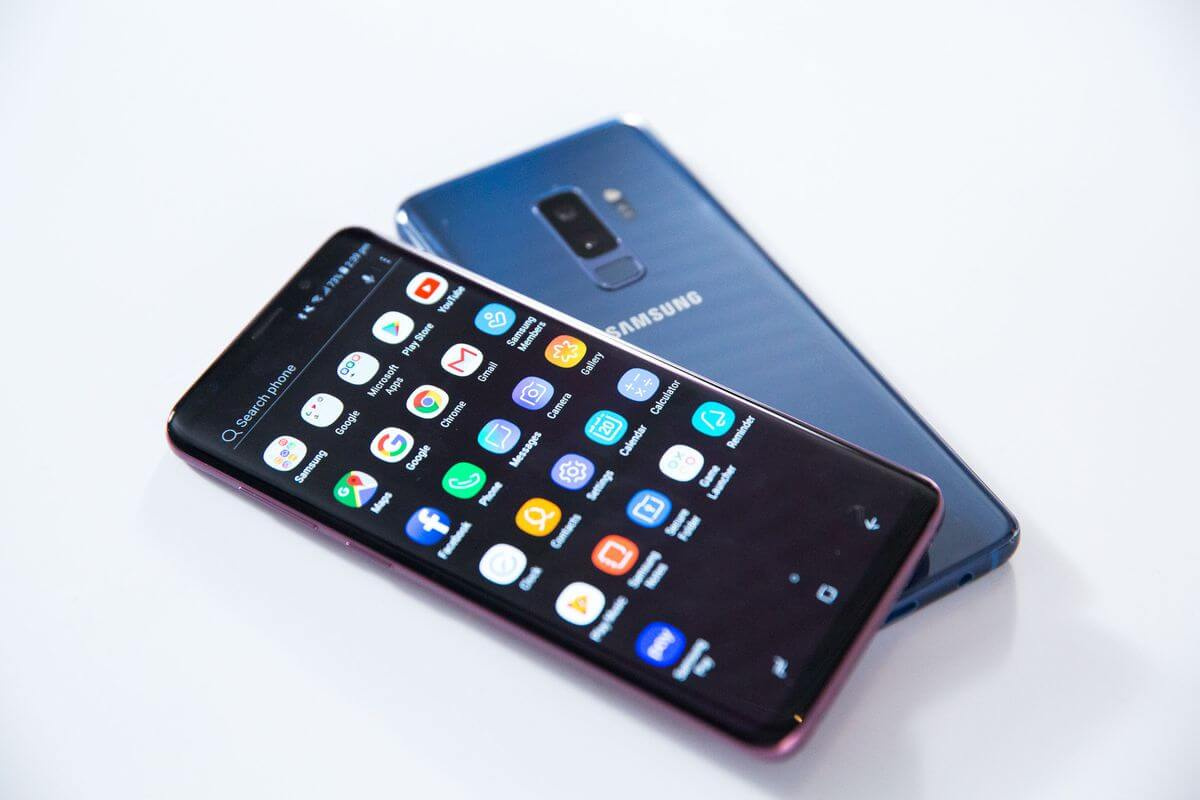 Samsung представила флагманские смартфоны Galaxy S9 и S9+