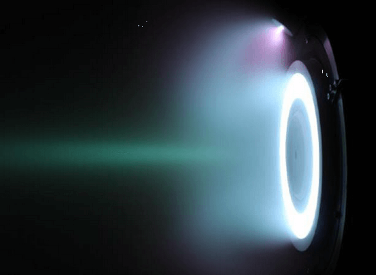 ЕКА провело испытание прямоточного ионного двигателя, работающего на воздухе