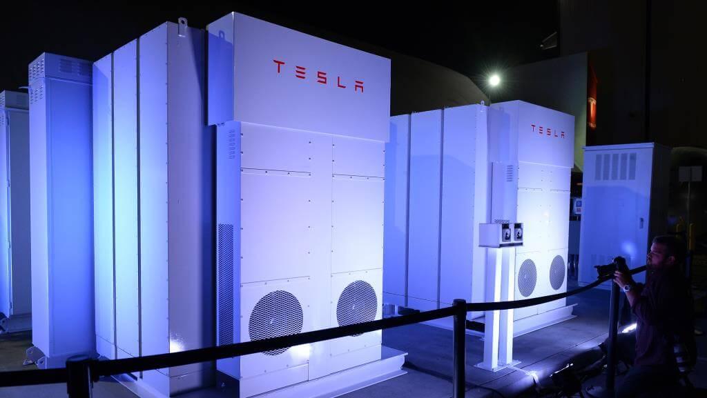 Акционеры Tesla рассекретили заработную плату Маска