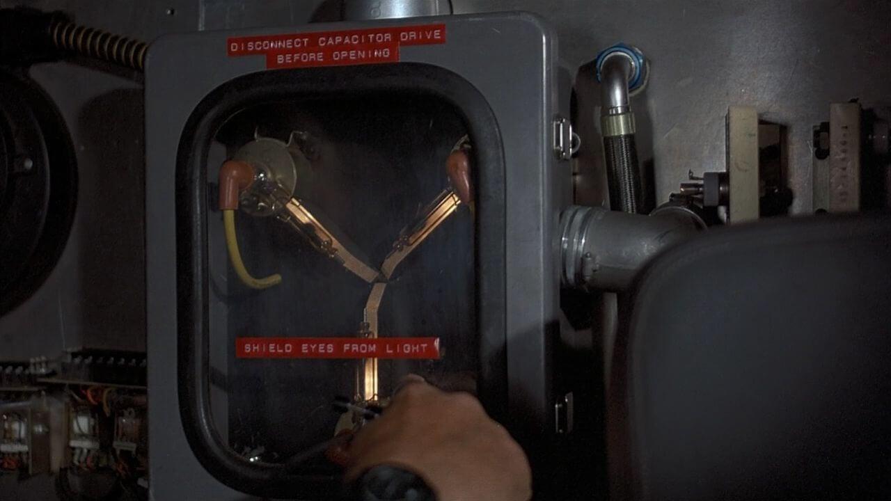 Ученые создали конденсатор потока. Но для путешествий во времени его использовать не получится