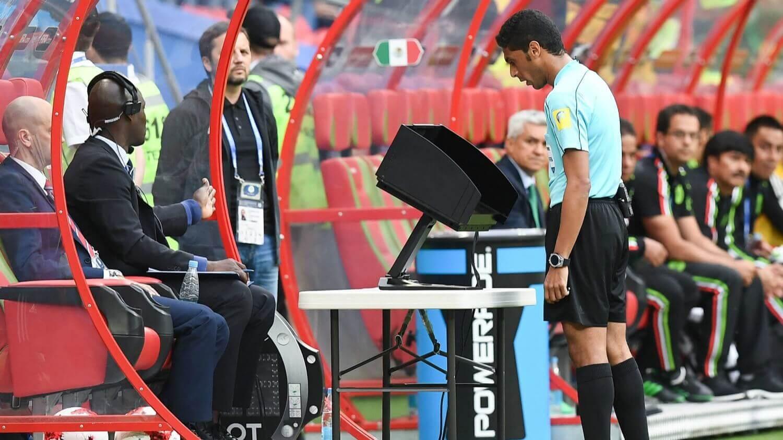 Как работает видеорефери на чемпионате мира по футболу в России