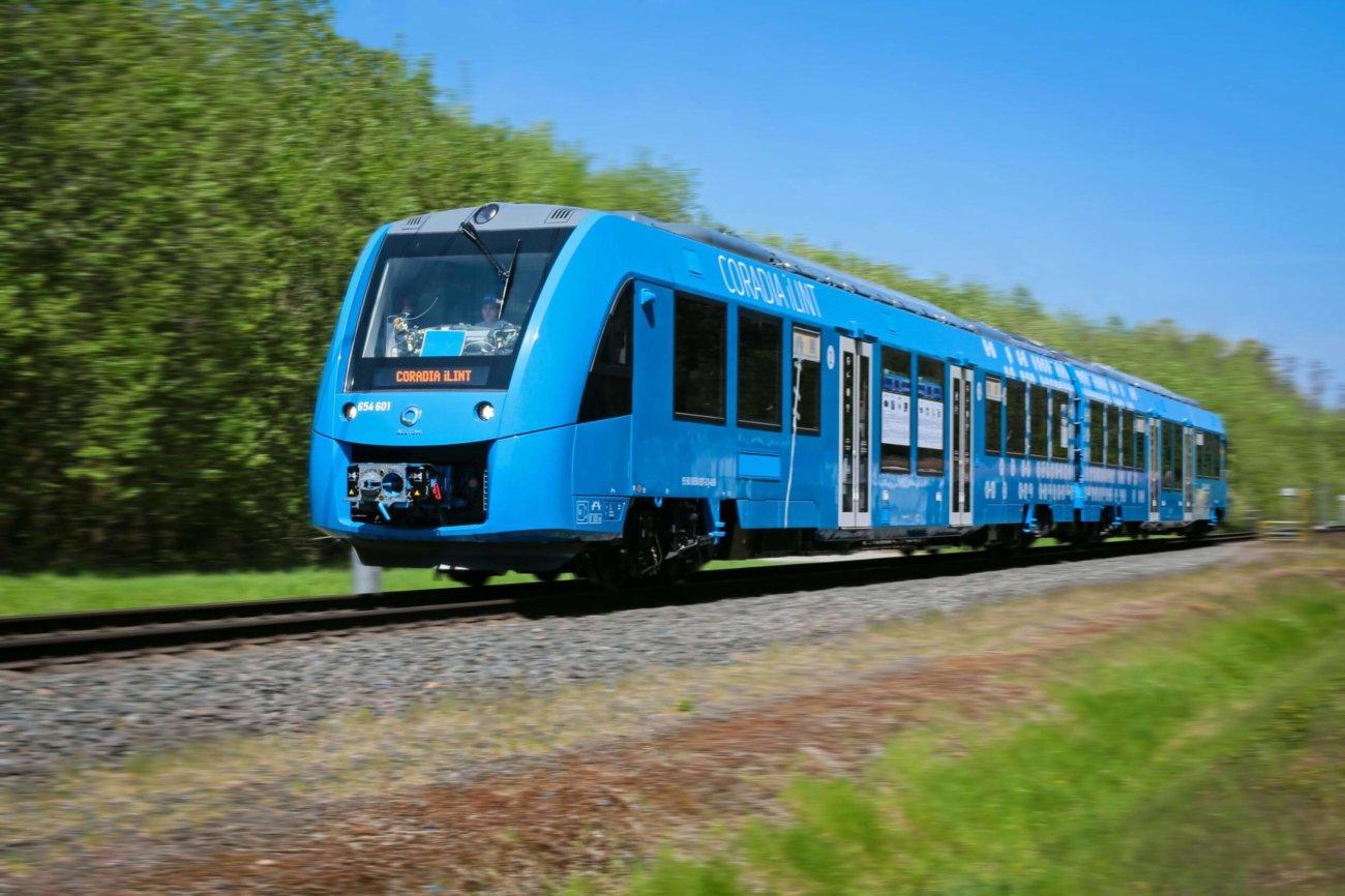 В Германии запустили первый поезд на водородном топливе