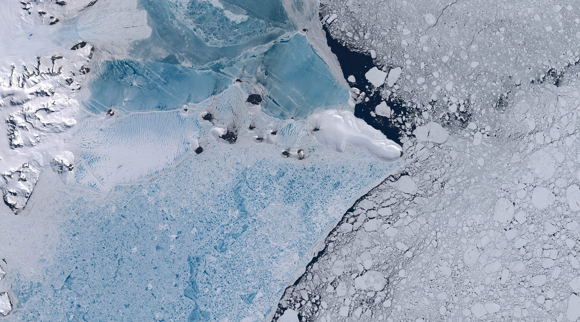 Ученые записали жуткое «пение» антарктического ледника Росса