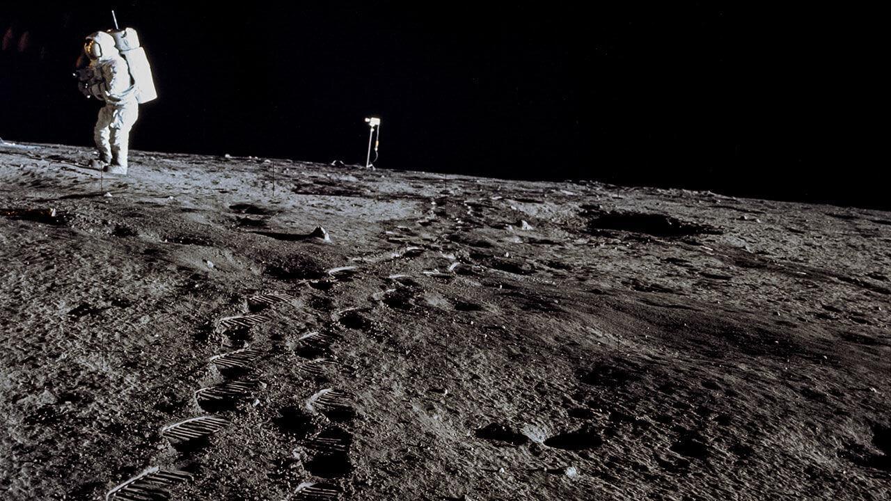 Почему нельзя построить космический телескоп прямо на Луне?