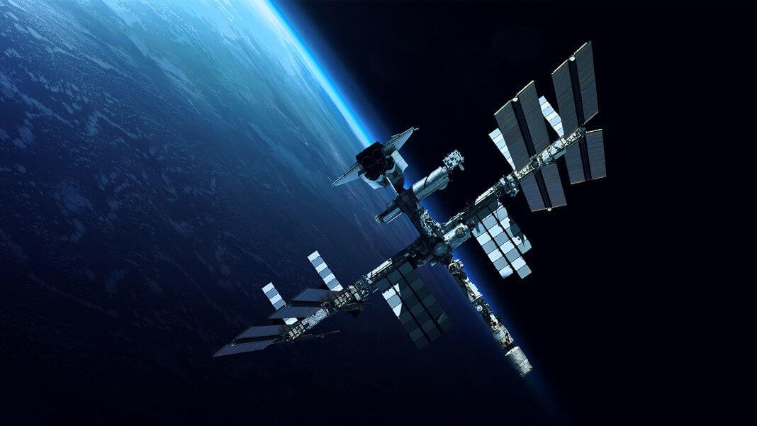 Шесть любопытных экспериментов, которые проводятся на МКС в настоящее время