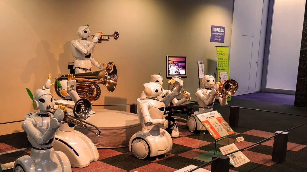 Домашние роботы и роботы-слуги: ожидания и реальность