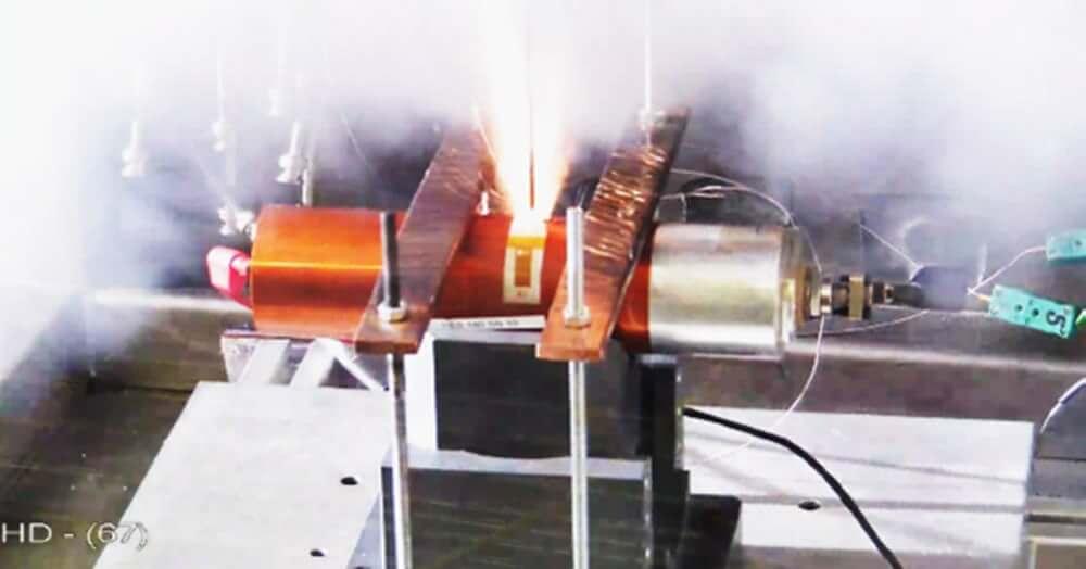 Испытание батарей спутников
