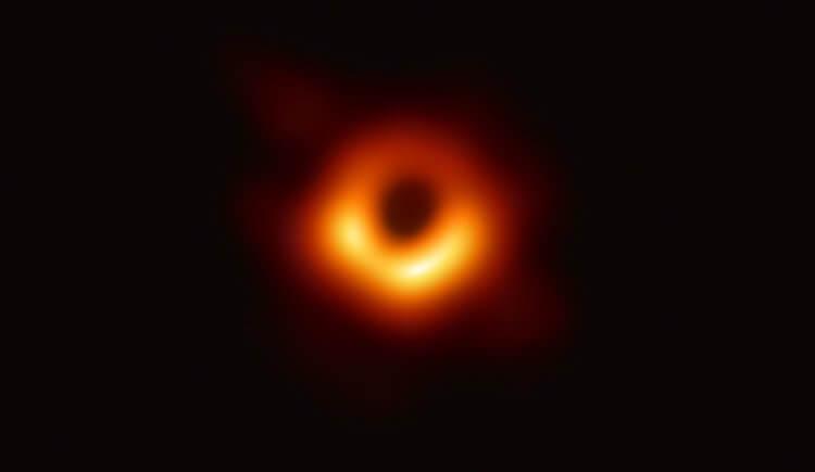 Черная дыра фото из космоса реальное