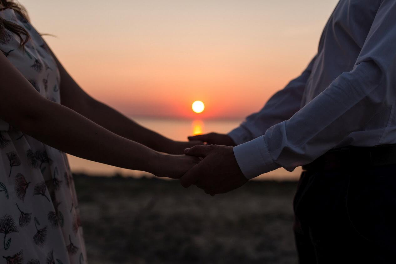 Почему мы не можем предсказать в кого влюбимся? У науки есть ответ