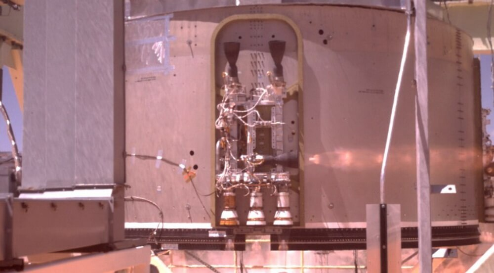 Boeing провела успешные испытания двигателей космического корабля Starliner