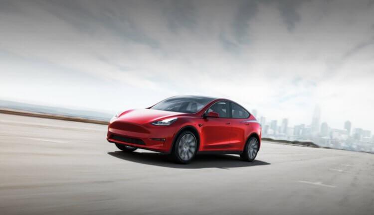 Автомобиль Tesla Model Y