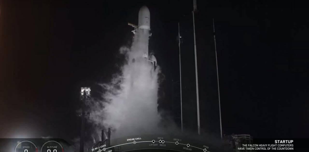 SpaceX отправила Falcon Heavy в третий полет — теперь уже с полным успехом