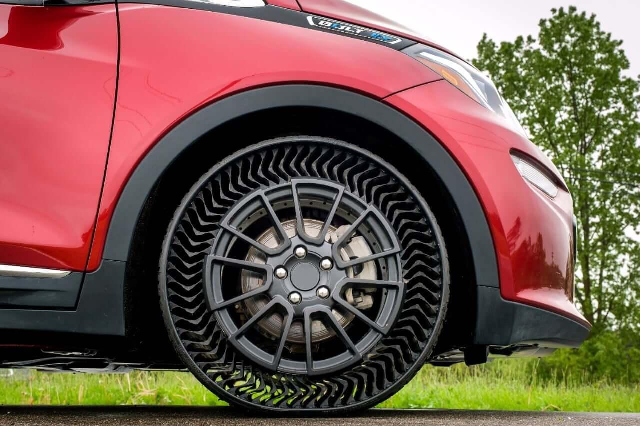 Больше никаких проколов: Michelin и GM обещают выпустить безвоздушные шины к 2024 году