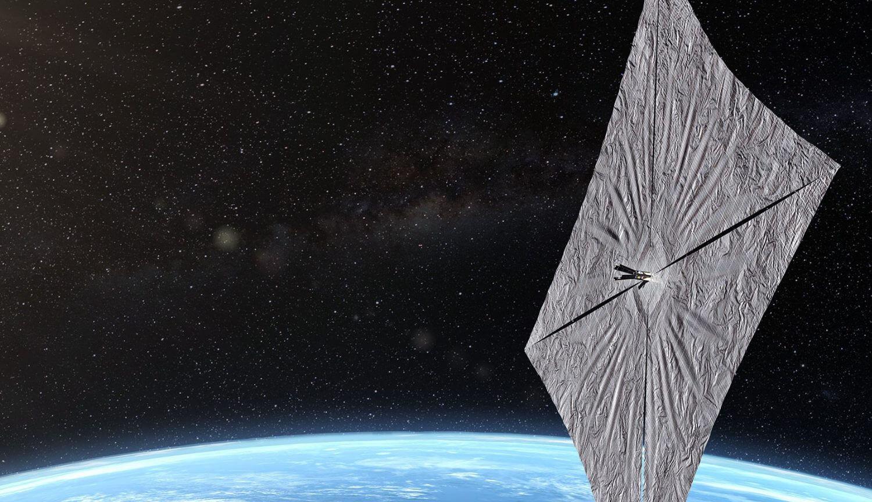 Солнечный парус LightSail 2 успешно связался с Землей. Что дальше?