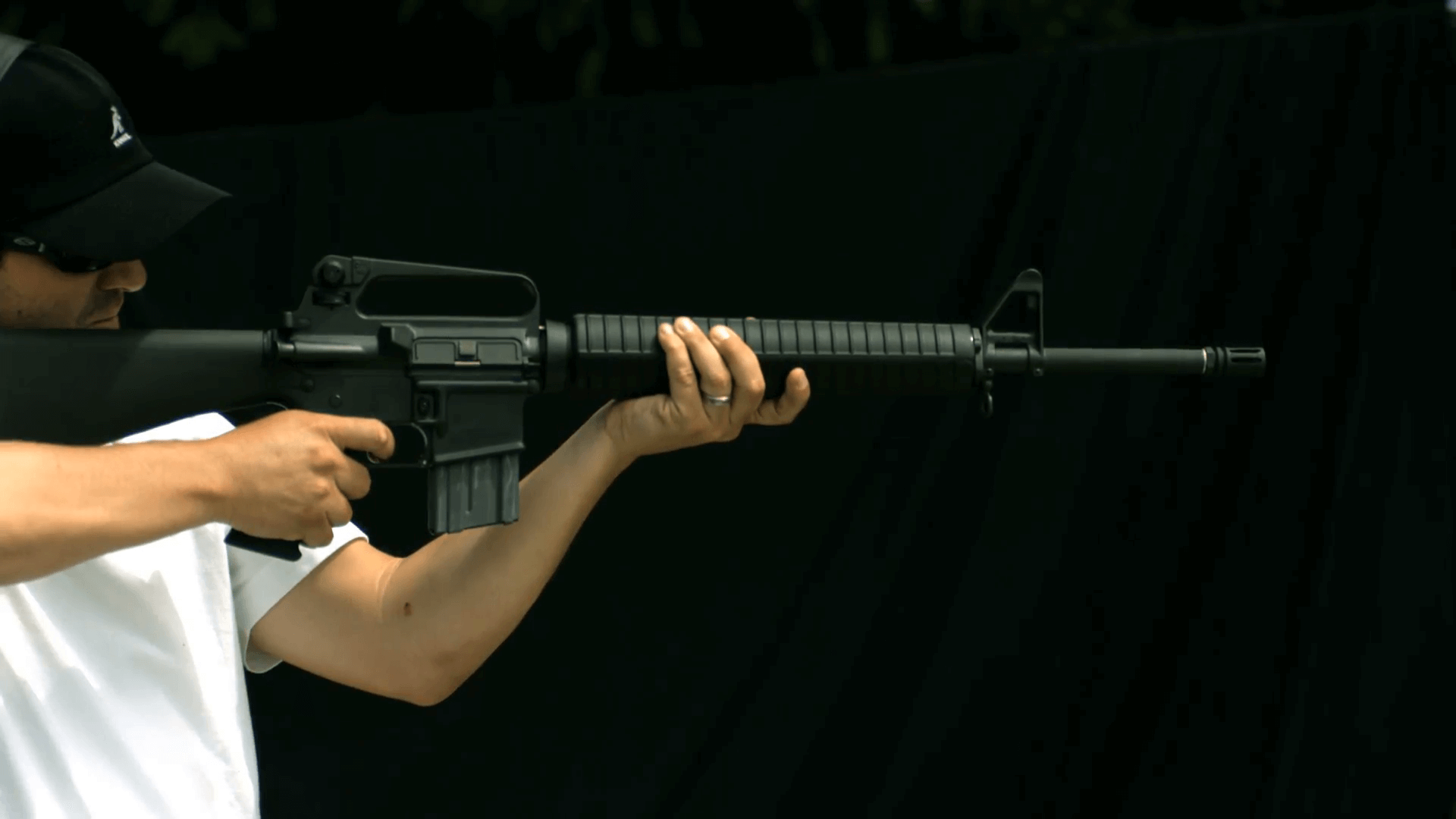 Куда попадет пуля, если выстрелить вертикально вверх?