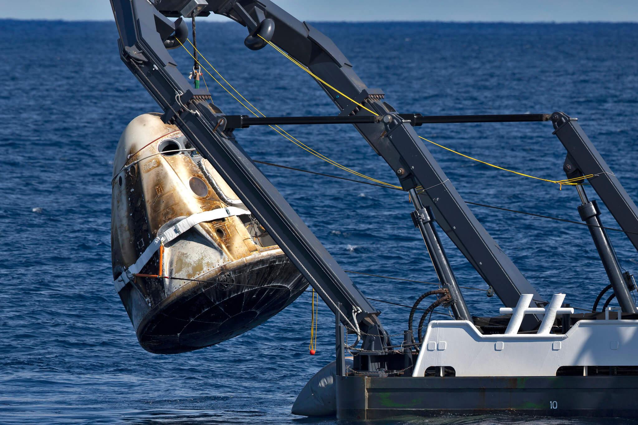 Почему на самом деле взорвался американский космический корабль Crew Dragon