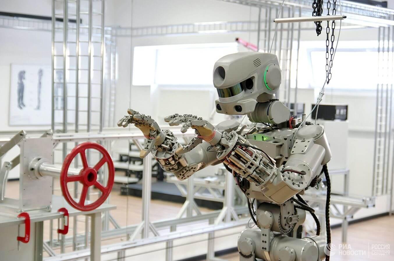 Роскосмос будет использовать роботов с искусственным интеллектом для исследования Луны