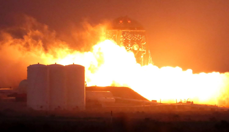 Американский космический корабль Starship для полетов на Марс загорелся во время испытаний