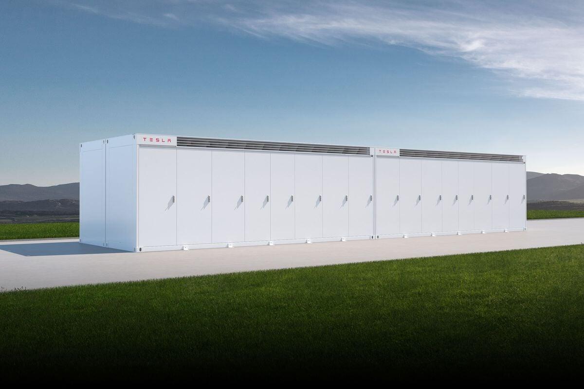 Tesla представила очень мощные модульные батареи для хранения солнечной энергии