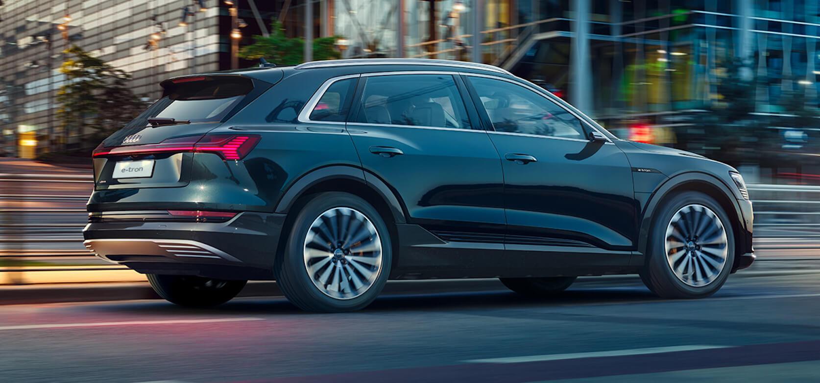 Назван самый безопасный электромобиль. Как тебе такое, Илон Маск?