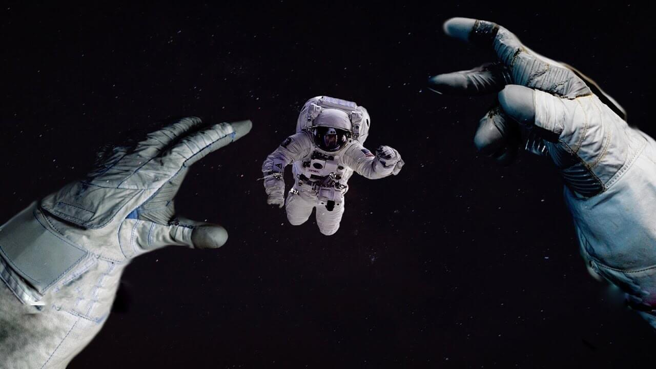 Почему человек в космосе лишний?