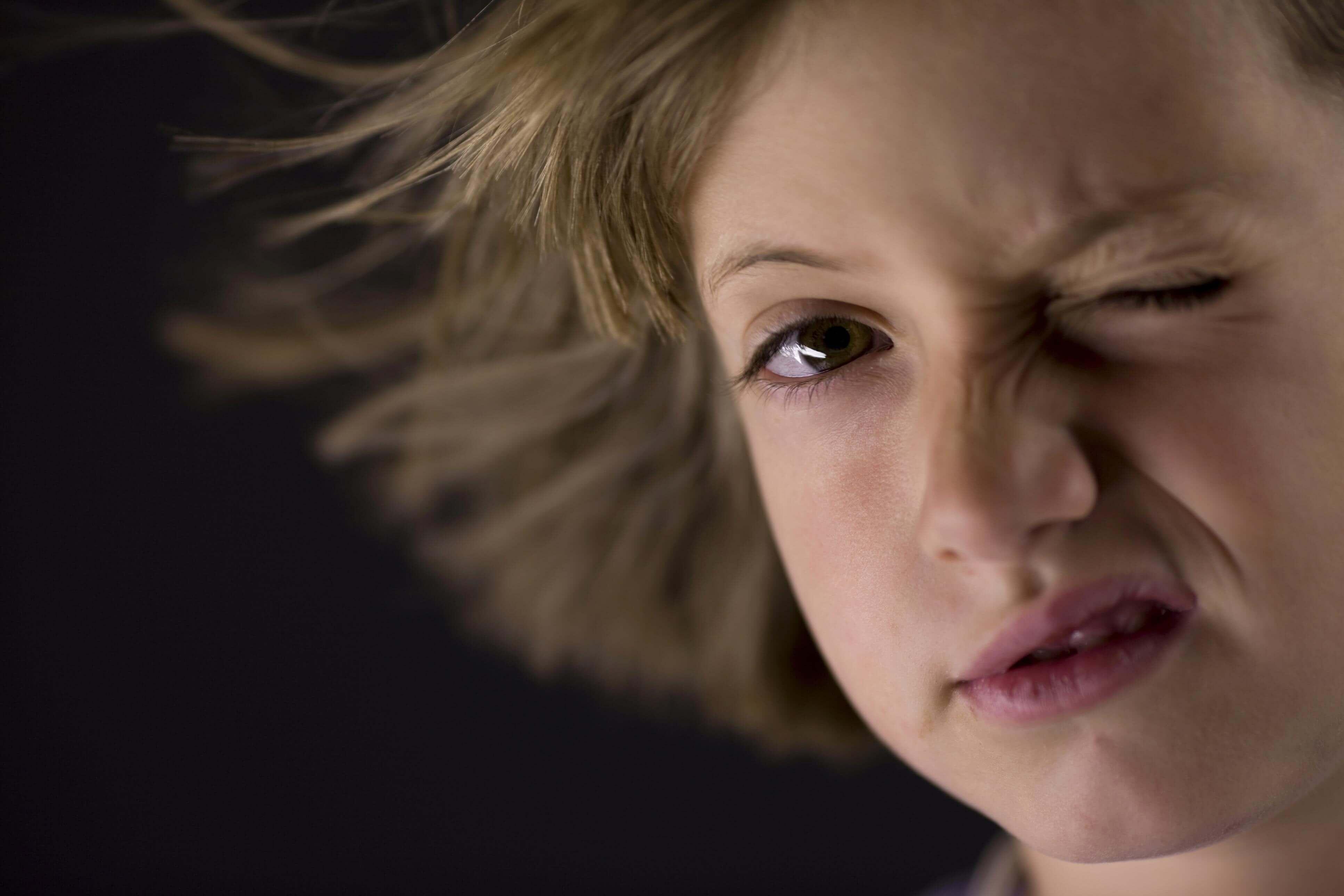 Стоматологи придумали как ослабить симптомы синдрома Туретта