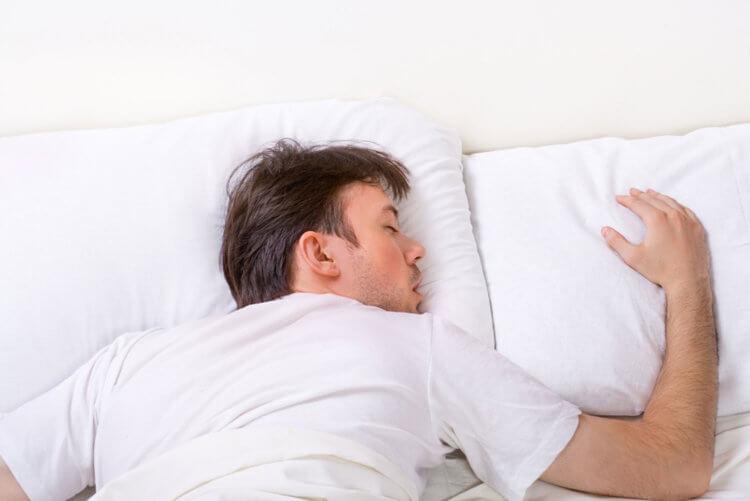 Частые недосыпы могут привести к инсульту