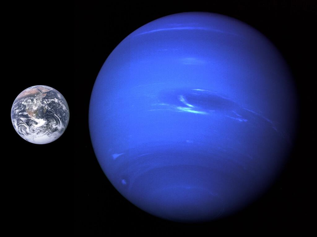 Спутник, который может превратить Нептун в планету с кольцами