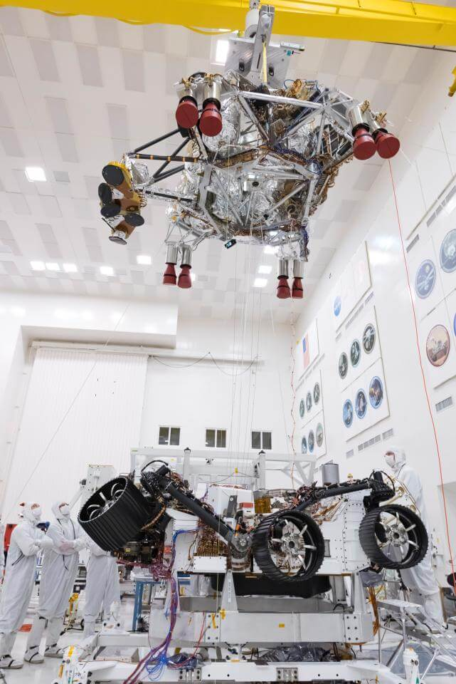 NASA тестирует разделение ступеней спуска марсохода Mars 2020