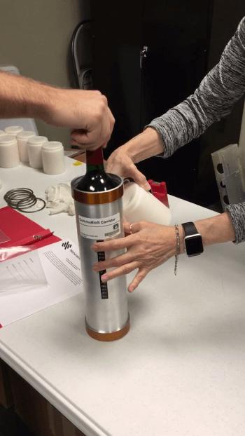 Вино подготавливают к путешествию в космос