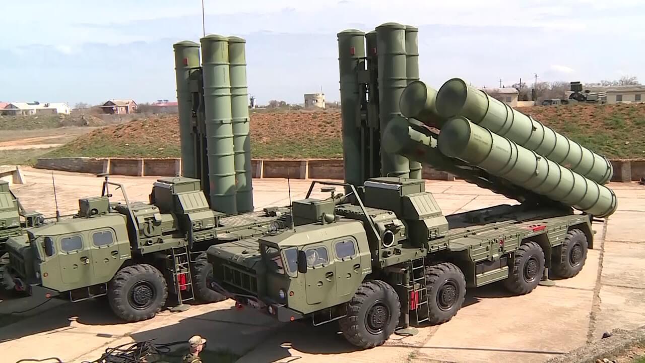 Чем отличаются С-300 от С-400 и какие ещё бывают системы ПВО