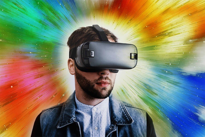 Виртуальная реальность 2020 — зомби, путешествия и медицина