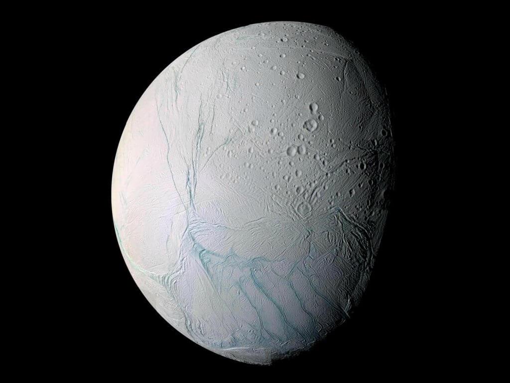 Ледяная Луна Сатурна может оказаться интереснее, чем считалось ранее
