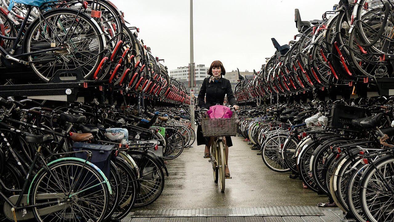 Как выбор транспорта для передвижения влияет на смертность?